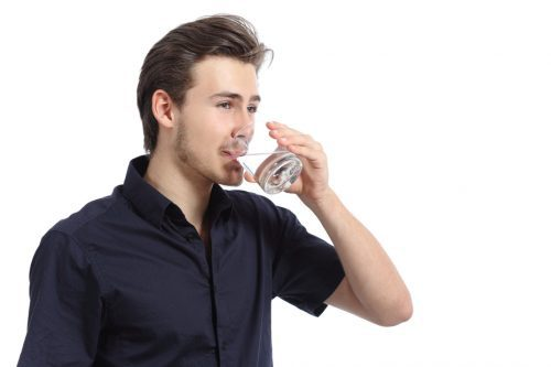 drinking clean water from a reverse osmosis system